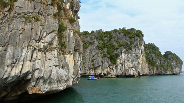 Halong Bay Vietnam Around The World in 80 Seconds